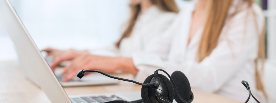 How do I conduct a coaching session with a contact center agent?